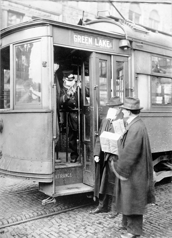 streetcar-conductor-seatlle-1918